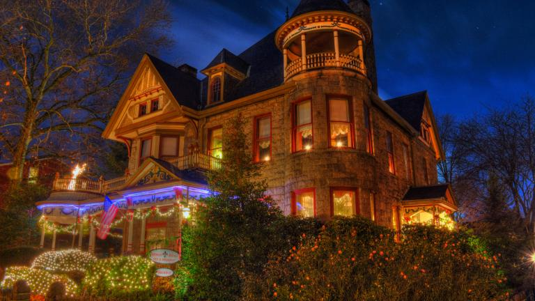 Photo of Mansion decorated for the holidays
