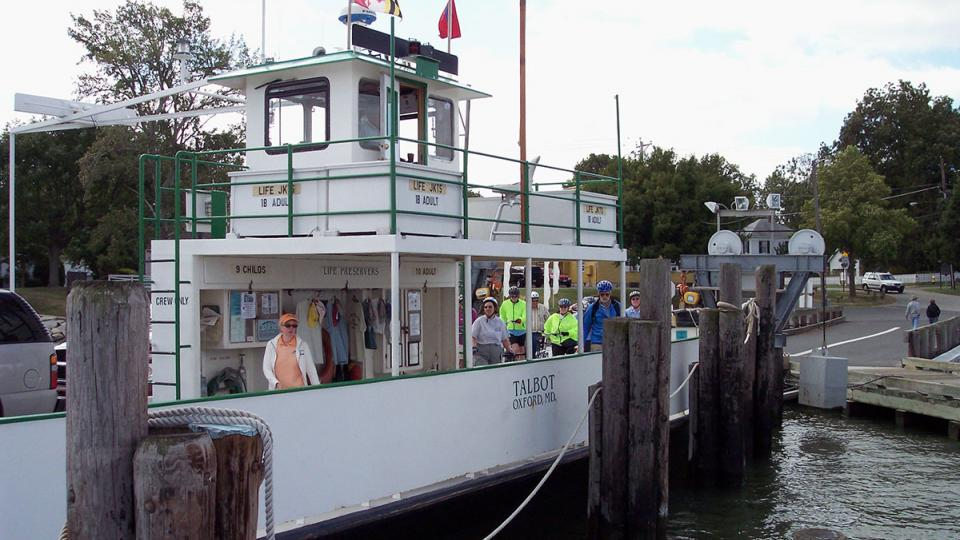 The Oxford-Bellevue Ferry takes passengers, cyclists and cars across the Tred Avon River. From Bellevue, St. Michaels is a pleasant 7 mile bike ride or drive.