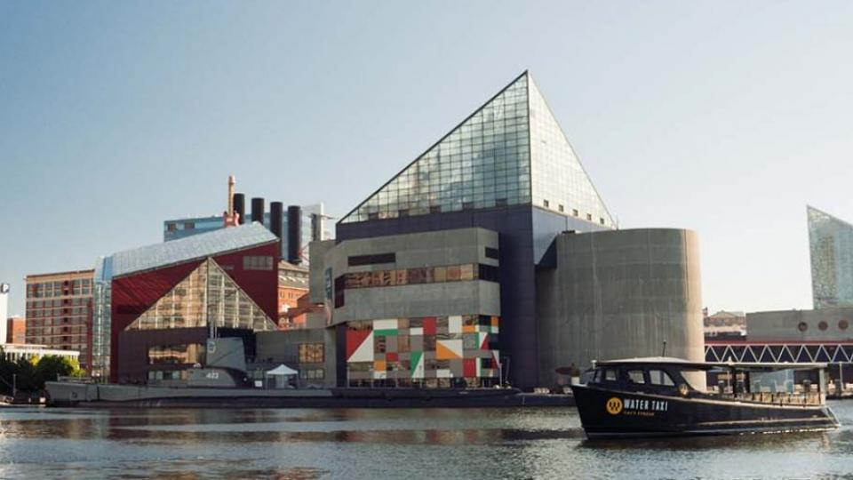 Baltimore Water Taxi in Front of Aquarium