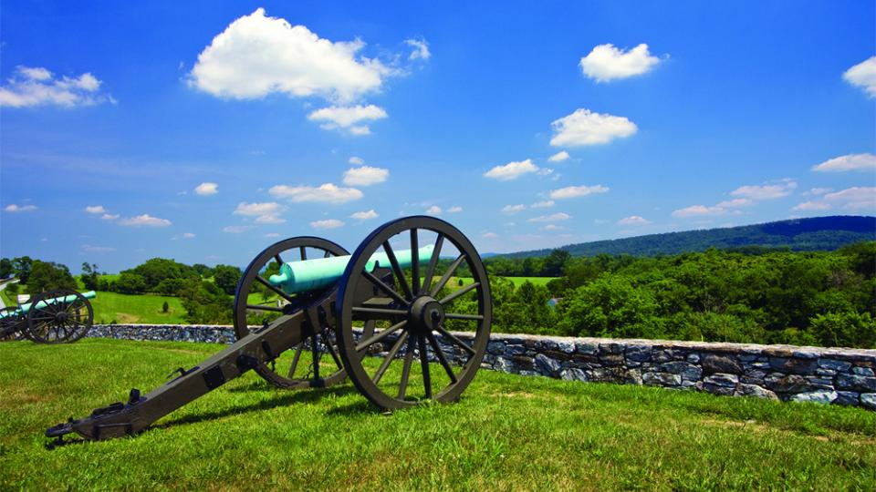 Cemetery Ridge Overlook with Cannons