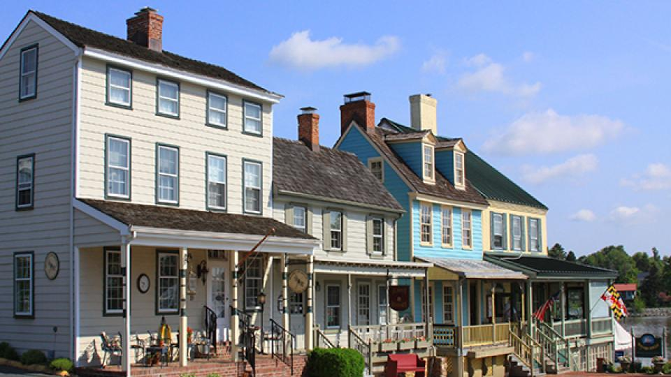 Colorful Houses along Bohemia Avenue in Chesapeake City