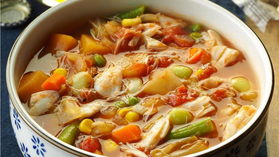bowl of Maryland crab soup