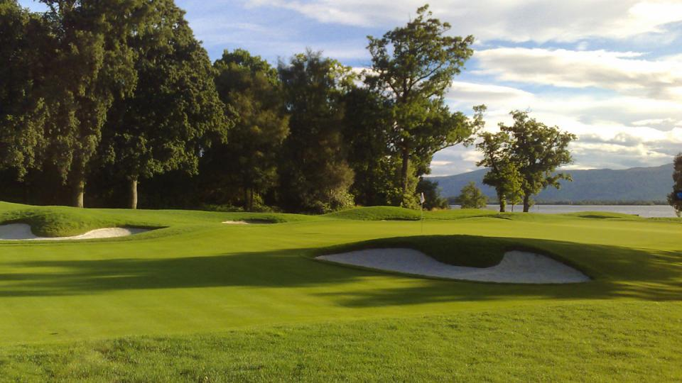 Designed by Joe Lee, architect of Doral Resort's famed Blue Monster and the courses at Walt Disney World, Greystone Golf Course is a true masterpiece in layout, challenge and entertainment.