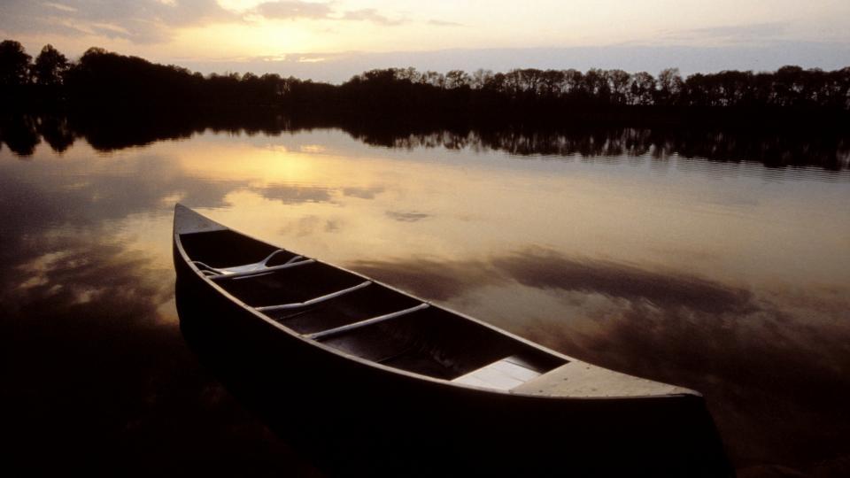 Canoe at Tuckahoe State Park