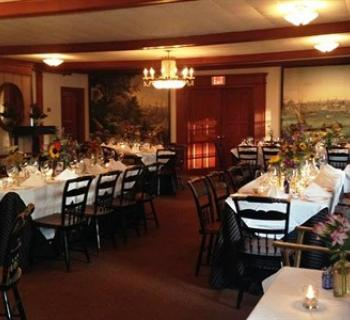 The Robert Morris inn dining area Photo