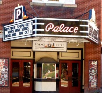 The Palace Theatre exterior view Photo
