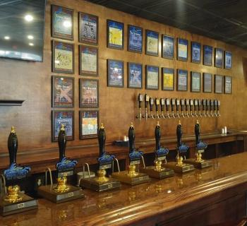 Beer taps at Chesepiooc Brewing Photo