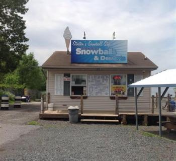 Stouten's Marina and Snowball Stop Photo