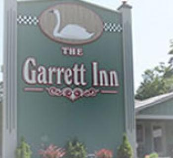 Garrett Inn signage Photo