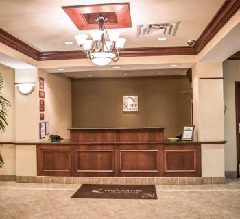 Sleep Inn & Suites-Clear Spring interior lobby Photo