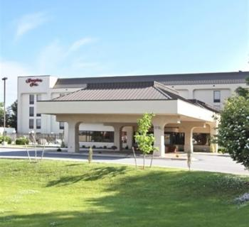 Hampton Inn-Hagerstown exterior view Photo