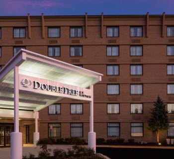 DoubleTree by Hilton-Laurel exterior view Photo