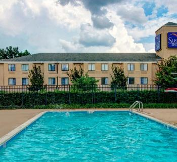 Sleep Inn-Rockville/Shady Grove exterior pool Photo