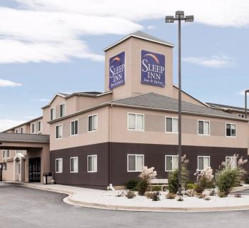 Sleep Inn & Suites-Edgewood exterior Photo