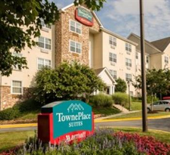 TownePlace Suites by Marriott-Baltimore BWI exterior Photo