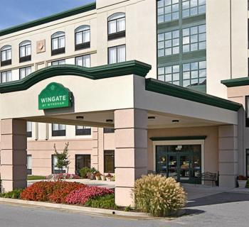 Holiday Inn Express & Suites-BWI North Photo