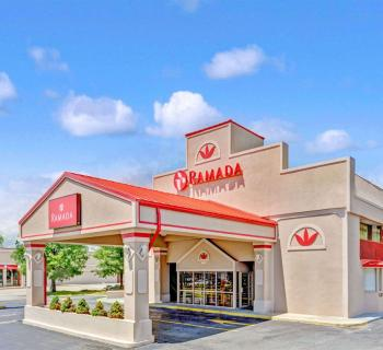 Ramada Baltimore West-Catonsville exterior view Photo