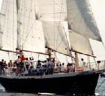 Photo of sailing Schooner Photo