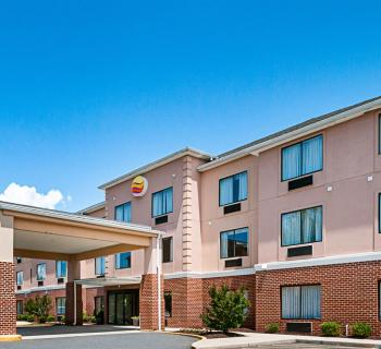 Comfort Inn & Suites-Cambridge exterior Photo