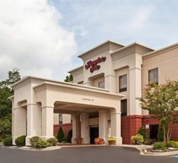 Hampton Inn-Elkton exterior Photo
