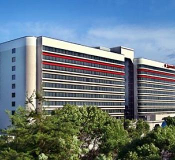 BWI Airport Marriott exterior view Photo