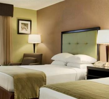 Interior room at Days Inn-Inner Harbor Hotel Photo