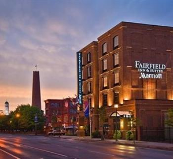 Fairfield Inn & Suites-Baltimore Downtown/Inner Harbor exterior night view Photo