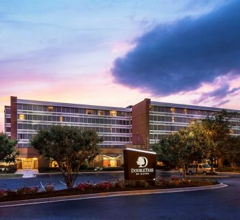 DoubleTree by Hilton Hotel Largo/Washington, DC Photo