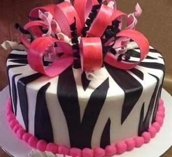 Lorenzo's Frostburg Bakery cake Photo