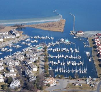 Castle Harbor Marina Photo