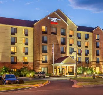 TownePlace Suites by Marriott-Frederick exterior Photo