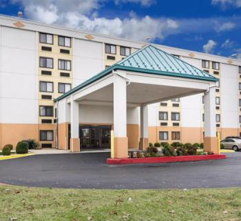 Comfort Inn-Oxon Hill exterior Photo