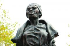 sculpture of Harriet Tubman