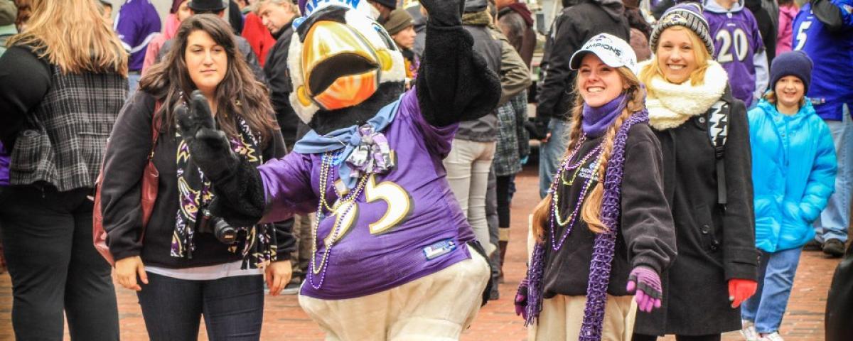 Ravens crowd
