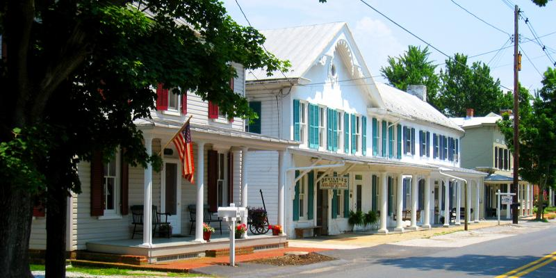 Uniontown's tree-lined streets and historic buildings exhibit a diversity of eighteenth, nineteenth and twentieth century architecture typical of rural towns at the turn of the century.