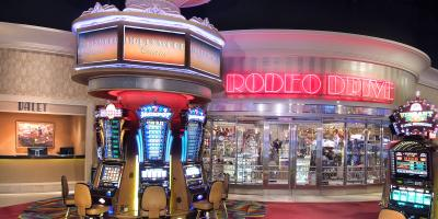 Don't go all the way to Cali to see Rodeo Drive--see it all at the Hollywood Casino in Perryville.